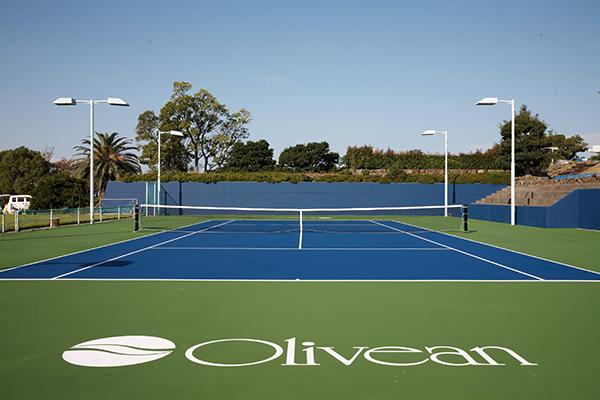 テニスコート17面