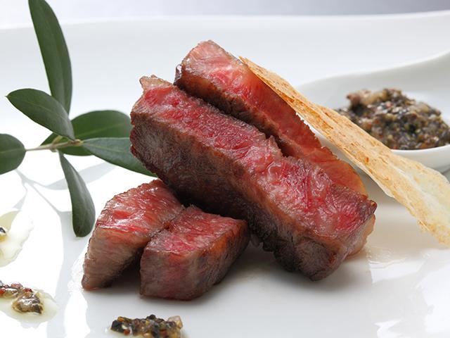 オリーブ牛ステーキ|リゾートホテルオリビアン小豆島